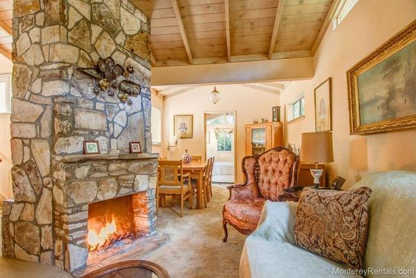 2 Bedroom Cottage Walk To Town Carmel By The Sea CA