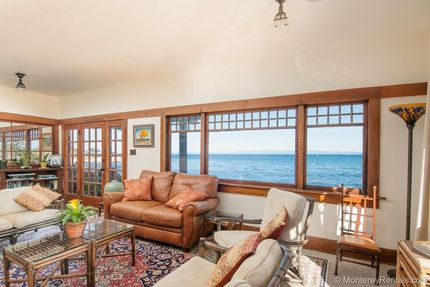 View Living Room - Sea Gazer