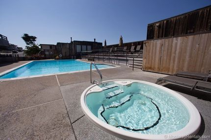 Hot Tub/Spa - Ocean Harbor 342, Del Monte Beach