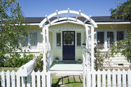 Exterior - Lilac Cottage, Central Pg