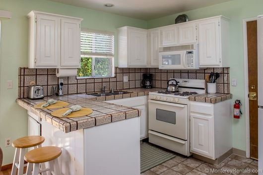 3 Bedroom House Walk To Town Pacific Grove, Ca