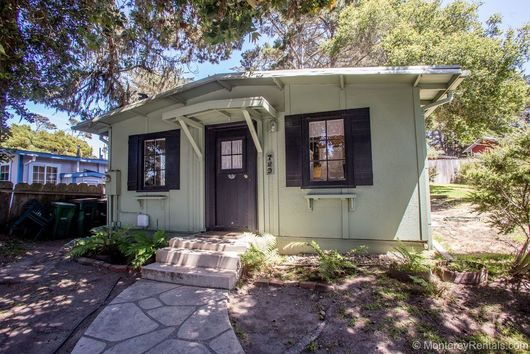 2 Bedroom Rustic Cottage Pacific Grove CA